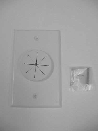 Single Gang Bulk Cable Wall Plate With Grommet White Hole