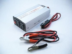 600W Modified Sine Wave Power Inverter  12VDC IN / 110VAC OUT